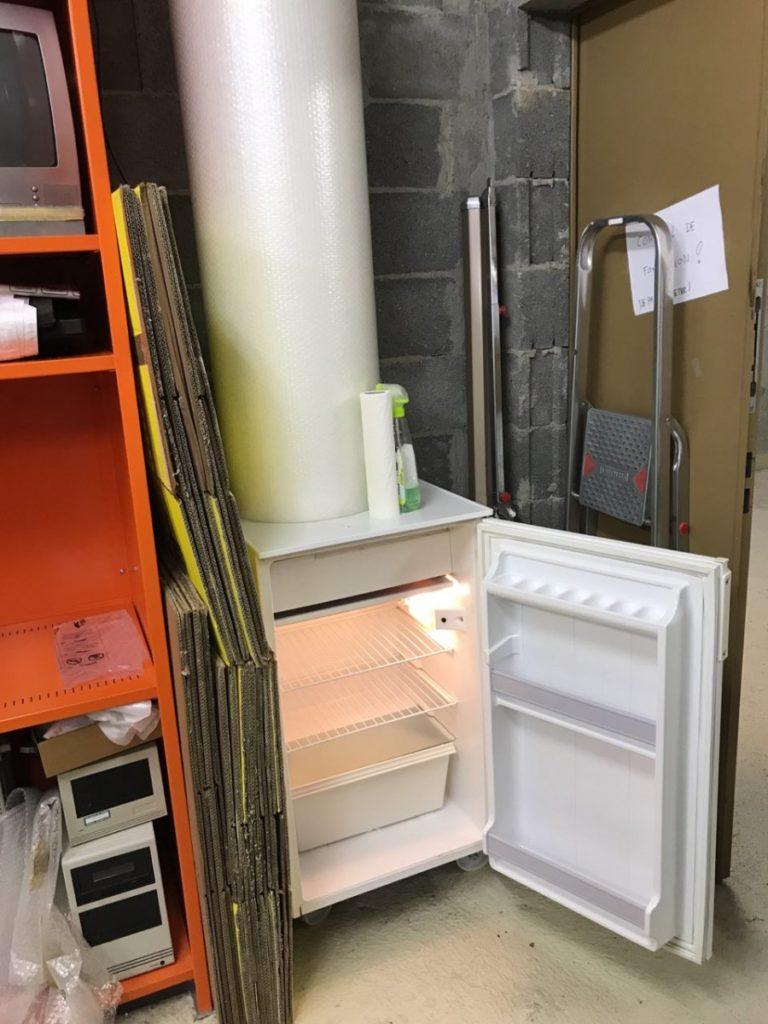 Notre nouveau frigo, un don de la société Navixia