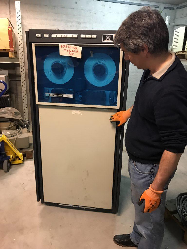 Lecteur de bande magnétique Control Data Corporation (CDC)