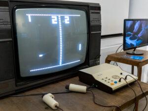 La console de jeu dédiée Rado Sonic Pong (~1977) durant les JOJ Lausanne 2020