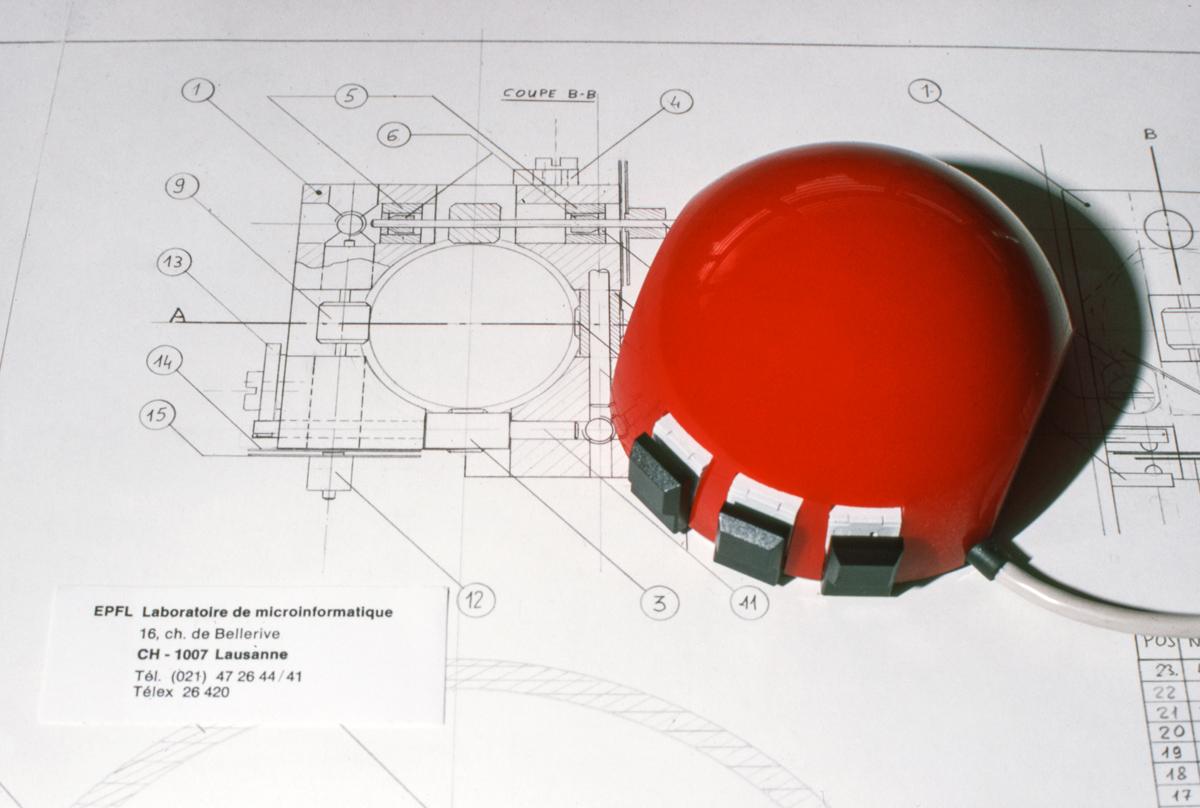 Résultat final: une souris hémisphérique rouge | © LAMI